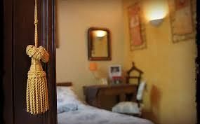 hotel et chambre d hote de charme manoir du raveyron hotel chambres d hôtes vallon pont d arc