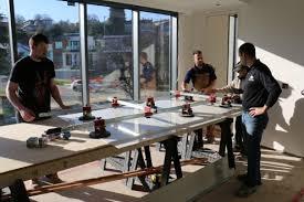 system for handling large size porcelain tiles pictures show