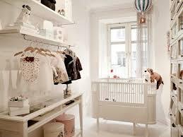 dressing chambre bebe 1001 idées géniales pour la décoration chambre bébé idéale