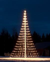 Flagpole Christmas Tree Topper by Sunset Magazine Christmas Tree Editorial U2014 Ana Monfort Photo