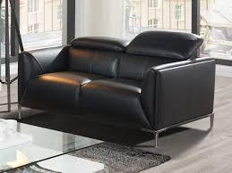 canap 2 places cuir noir canapé 2 places cuir de vachette coloris noir avenio
