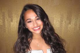 Jazz Jennings Beautifully Wrote About The Moment She Knew Was Transgender