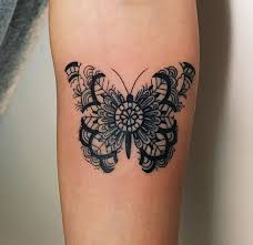 Tattoo Floral Butterfly Oldschool Design