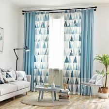 moderner vorhang einfärbig und dreieck motiv für wohnzimmer
