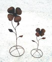37 Rustic Metal Flower Stake