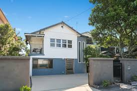 100 Beach House Gold Coast 1264 Highway Palm For Sale