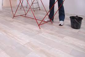 tapezieren kosten selbst machen oder handwerker