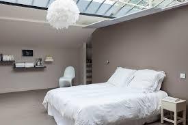 minimalistisches schlafzimmer im bild kaufen 11381917