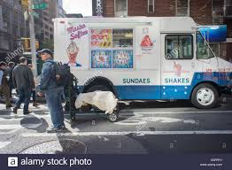 100 Ice Cream Truck Jingle The Mister Softee Stock Photos The Mister Softee
