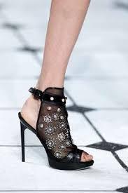 أجمل الأحذية لك يا الأركيدة الزرقاء images?q=tbn:ANd9GcQ