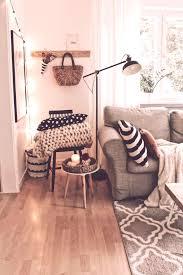 wohnzimmer im herbst so einfach geht das dekorieren