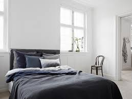 hell dunkel kontrast im schlafzimmer bett dielenbo