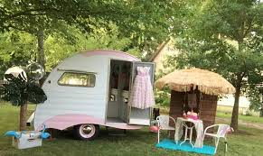 Classy Chassis Vintage Camper Saless Photo