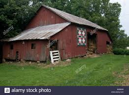 Quilt Hanging On Old Red Barn, Batchtown, Illinois Stock Photo ... Red Barn Green Roof Blue Sky Stock Photo Image 58492074 What Color Is This Bay Packers Barn Minnesota Prairie Roots Pfun Tx Long Bigstock With Tin Photos A Stately Mikki Senkarik At Outlook Farm Wedding Maine Boston 1097 Best Old Barns Images On Pinterest Country Barns Photograph The Palouse Or Anywhere Really Tips From Pros Vermont Weddings 37654909