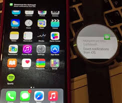 Android Moto 360 Gets iPhone Notifications