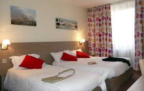 chambre hotel 4 personnes exemple d une chambre pour 3 personnes nous avons aussi des