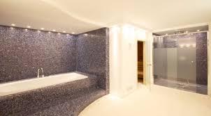 wellness mit badewanne raumdeuter gbr moderne badezimmer