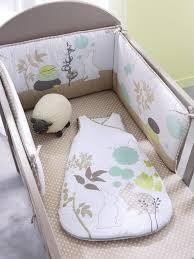 comment mettre un tour de lit bebe lit berceau aubert photo lit bebe evolutif