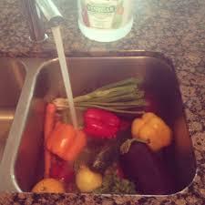 Slow Draining Bathroom Sink Vinegar by Give Your Produce A Vinegar Bath Prepdish Com