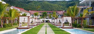 100 Sublime Samana Hotel