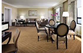 Ambassador Suite – Chicago Luxury Suites