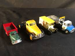 COLLECTION OF 4 ASSORTED DIE CAST SCALE MODEL TRUCKS, EACH APPROX. 3 ... Kenworth Model Kit History Pinterest Model Truck Kits Kenworth 125 Scale Model Truck Cars Trucks Trucks Hgv Trucks Tagged Daf Heatons Truck Scania Wsi Models Manufacturer Scale Models 150 And 187 Bespoke Handmade With Extreme Detail Code 3 More Of My Scale Here Tekno Volvo Fh4 Flickr 1938 Gmc Cabover Coca Cola Delivery 125th 16900 Csmi Cstruction Imports Bring World Renowned Amazoncom Peterbilt Flatbed Trailer 2 Farm Tractors 164 Toy Truckisuzu Metal And