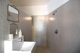 salle de bain a l italienne à l italienne idées modèles et photos pour sa salle de