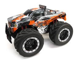 Amazon.com: JC Toys Huge 4x4 Remote Control Monster Truck: Toys & Games