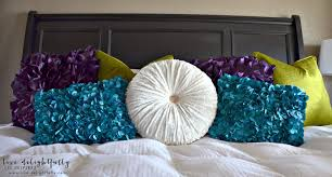 Pier One Outdoor Throw Pillows by Pier One Sofa Throws Best Home Furniture Decoration