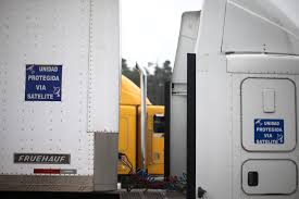 Mexican Truck Drivers Travel In Fear As Highway Robberies Bleed Economy