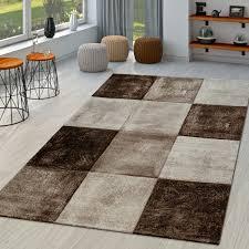 moderner teppich wohnzimmer mit konturenschnitt in