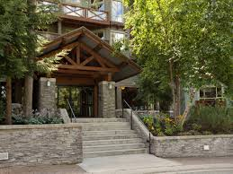 100 Whistler Tree House Lodging Details Blackcomb
