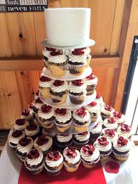 Cupcakes Lancaster PA Small Wedding Cutting Cake And Displayed On A Cupcake Stand Honeysuckle Ridge Airville
