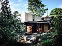 100 Cantilever Homes Godsell House By David Godsell Feature MidCentury Architecture