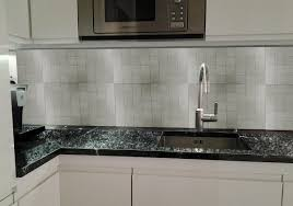 alte fliesen ersetzen durch küchenrückwand aus glas glaszone