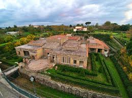 100 Villa In Pompeiis Most Famous House The Of Mysteries Is At