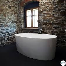 ein besonderes bad braucht eine besondere badewanne eine
