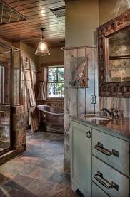 Rustic Cabin Bathroom Lights by Best 25 Log Home Bathrooms Ideas On Pinterest Log Cabin