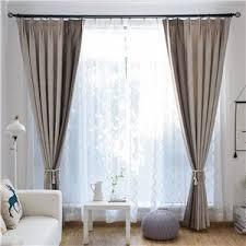 moderner vorhang im wohnzimmer abstraktes federmuster