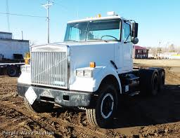 1990 Volvo WCM Semi Truck | Item DC1203 | SOLD! May 1 Govern...