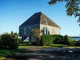 100 Beach House Architecture Toshiko Mori Devises A Compact On A Scenic