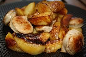 cuisine boudin blanc poêlée de boudin blanc pomme de terre et pommes verre aux papilles