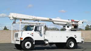 100 Altec Boom Truck 1996 International AM855 60 Overcenter Bucket YouTube