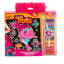 Amazon.com: Trolls Chalk Sketch Set: Toys & Games