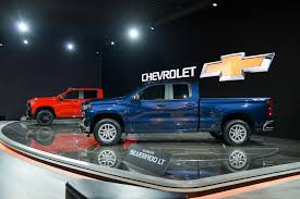 Inline-6 Turbodiesel In 2019 Chevy Silverado Pickup To Be Built In ...