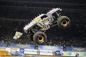 Monster Jam Returning To Europe : Tyrepress
