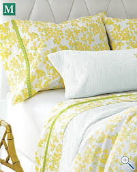 Lily Pulitzer Bedding by Best 25 Lily Pulitzer Bedding Ideas On Pinterest Apartment