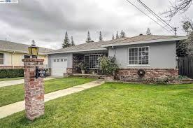 Christmas Tree Lane Palo Alto by 4134 Walnut Dr Pleasanton Ca 94566 Mls 40770080 Redfin