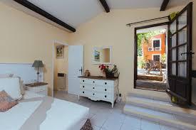 chambre d hote besse sur issole bastide avellanne chambres d hôtes et gites de luxe dans le cœur de