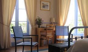 chambre d hote charme et tradition manoir de suguensou chambre d hote audierne arrondissement de